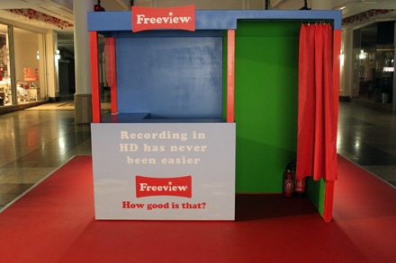 Freeview experiential shopping centre stand - green screen photo mechanic - photo booth