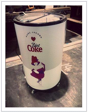 Chilled Sampling Bin Diet Coke
