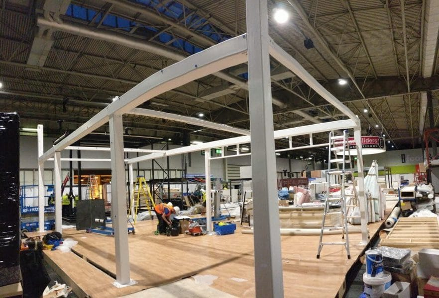 ALUK - onsite exhibition stand build