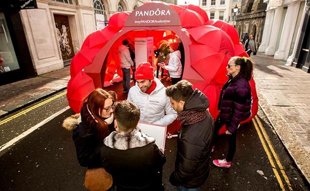 Pandora - Valentines experiential campaign